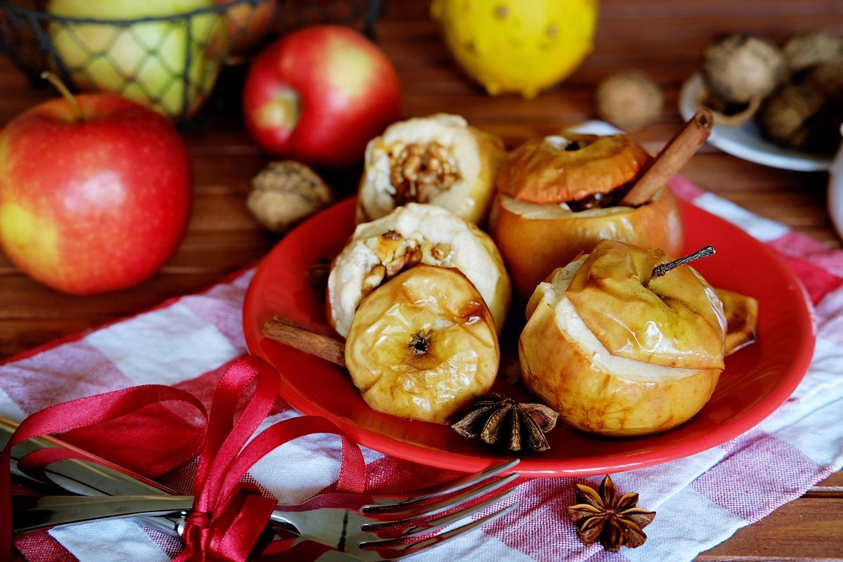 запечённые яблоки рецепт