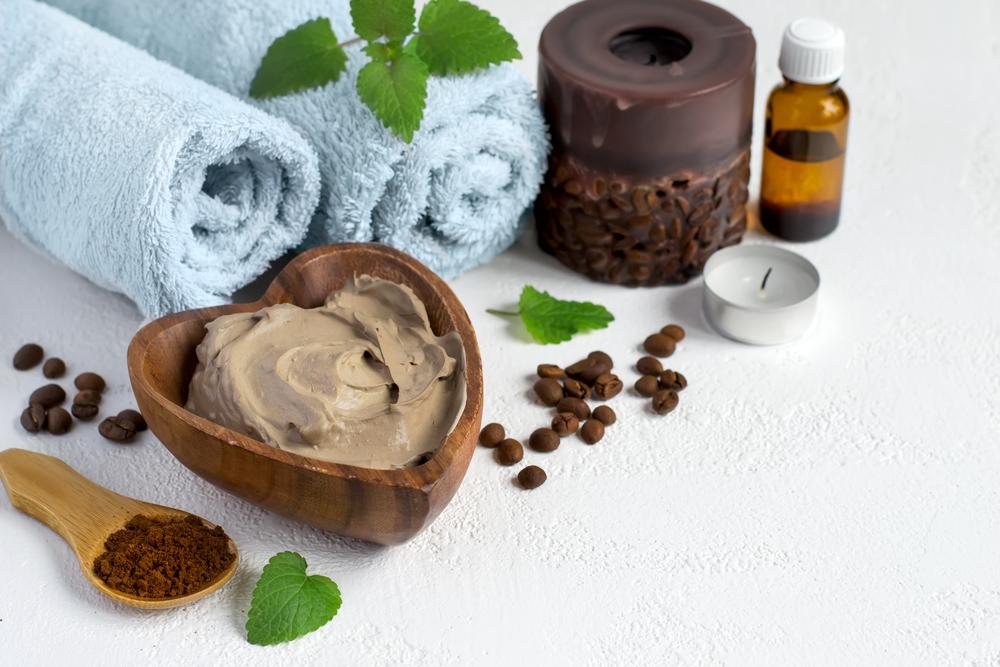 Кофе в косметике: энергия для наружного применения