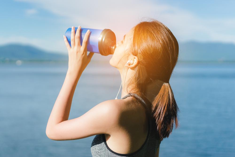 Энергия без риска: как выбрать напиток, который правильно взбодрит