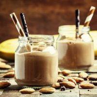 мятный смузи с орехами и финиками рецепт
