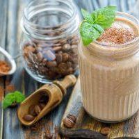 Кофейный смузи с овсянкой и бананом рецепт